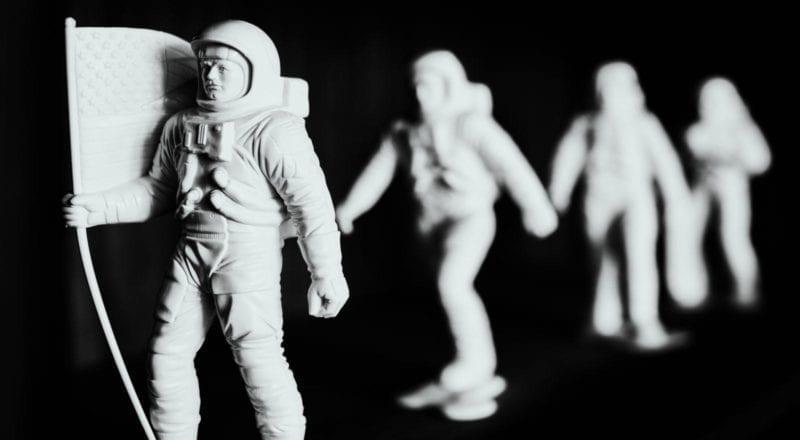 Team building aktiviteter kan förekomma i yttre rymden, men de bästa sker på planeten Jorden.