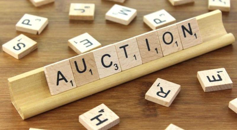 Auktion Scrabble plattor