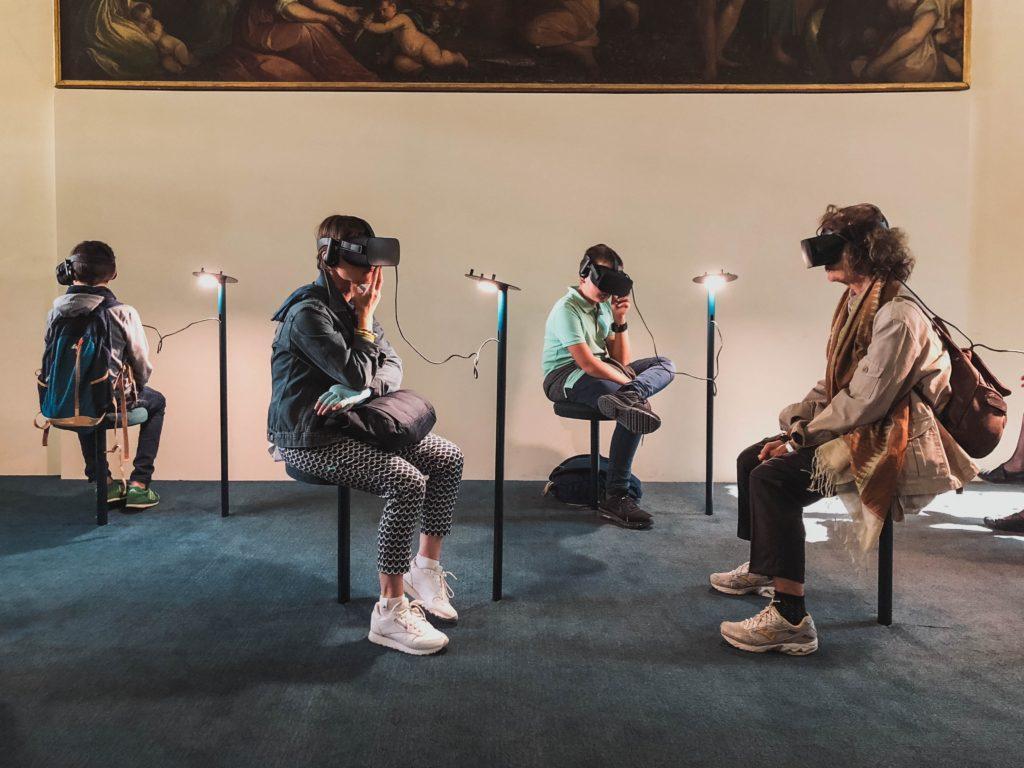 Förstärkt verklighet och virtuell verklighet för evenemang: Behöver du ens riktiga arenor längre?